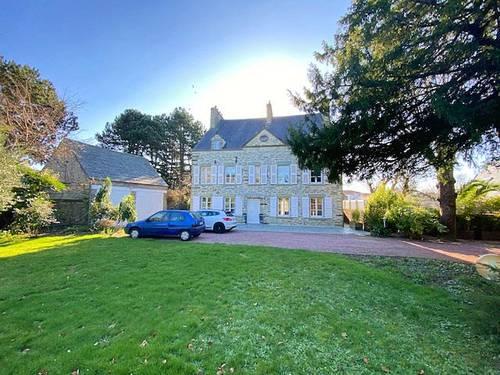 Vends Belle maison en pierre avec parc - 5chambres, 313m² - Cherbourg-en-Cotentin (50)