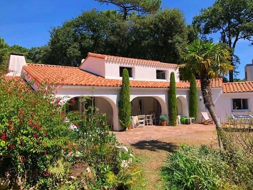 Loue belle maison piscine 14couchages Noirmoutier Bois de la Chaise