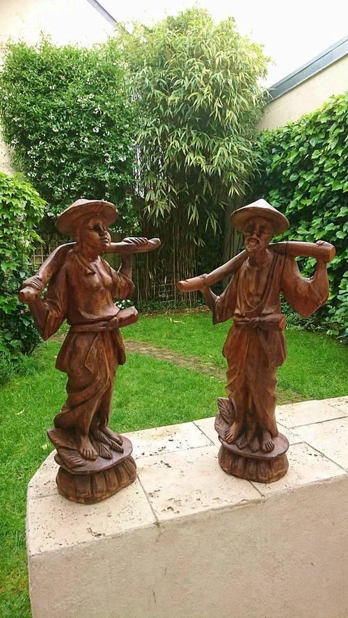 Belles statues en bois