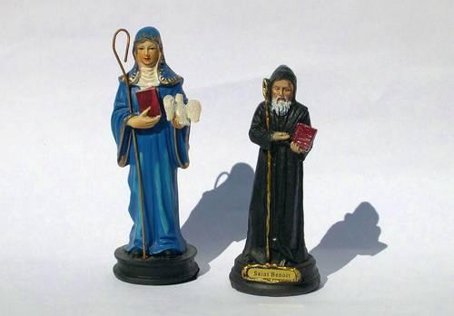 Lot de deux belles statuettes st Benoît et ste Scholastique