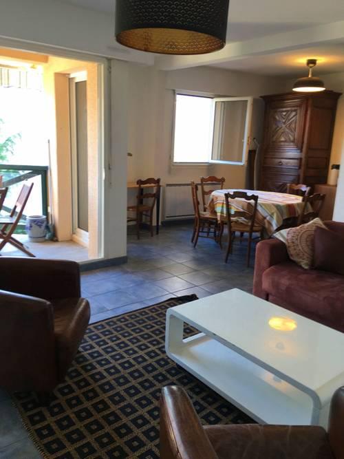 Loue appartement traversant 63m² avec terrasse, 3couchages Biarritz (64)