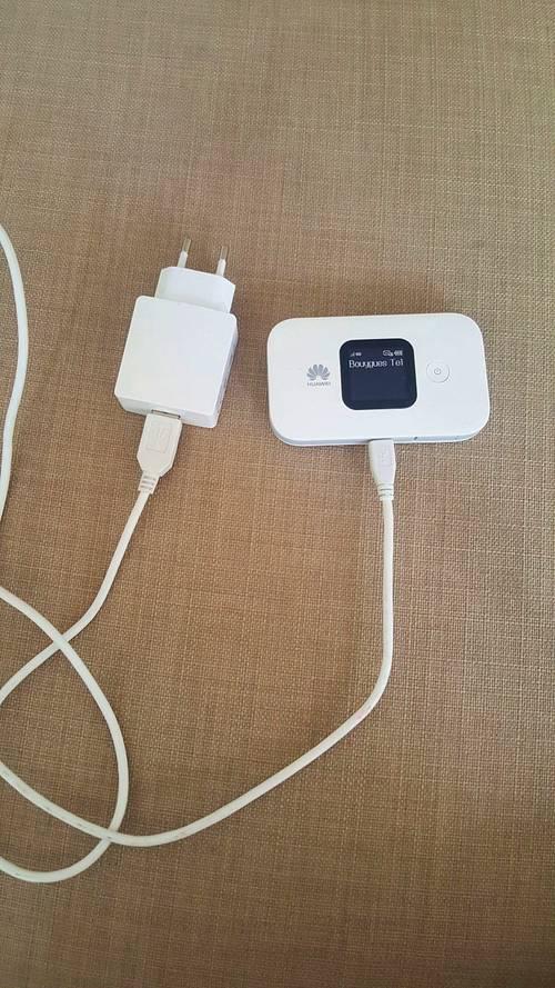 Boitier 4G Huawei + câble