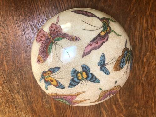 Bonbonnière chinoise en céramique