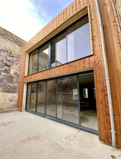 Vends Bordeaux centre chartrons (33) beau loft avec terrasse roof top et parking - 3chambres, 130m²