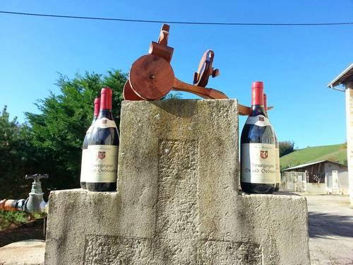 4Bourgogne Grand Ordinaire AOC avec porte bouteille en bois