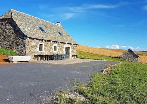 Loue buron isolé - 2chambres 6couchages sur l'Aubrac proche de Laguiole, Argences-en-Aubrac (12)