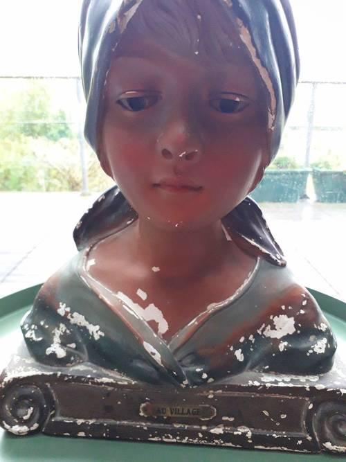 Buste de femme polychrome XIX