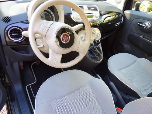 Vends Fiat 500cabriolet Lounge Noire capote beige 2014, 20000Km