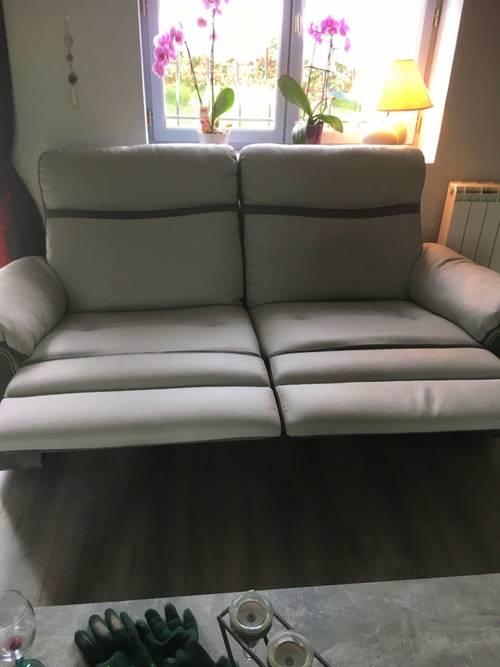 Canapé simili cuir gris clair