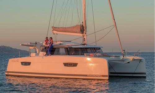 Loue Catamaran Astréa 42en Corse du Sud - 6couchages