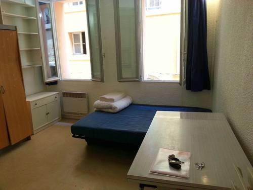 Loue T119m² centre d'Aix-en-Provence proche IEP