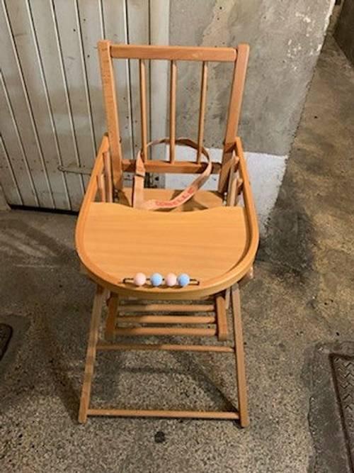 Chaise haute bébé Combelle