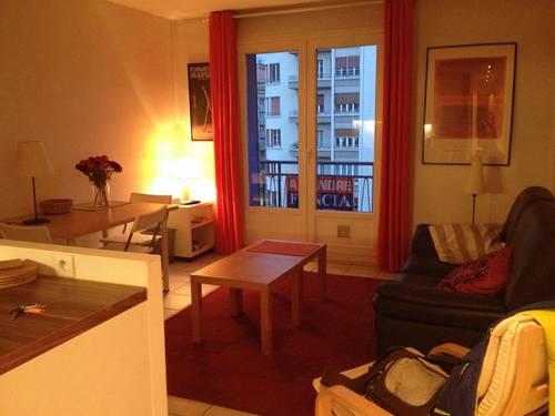 Loue chambres pour étudiants dans appartement T4/ 65m² - Grenoble (38)