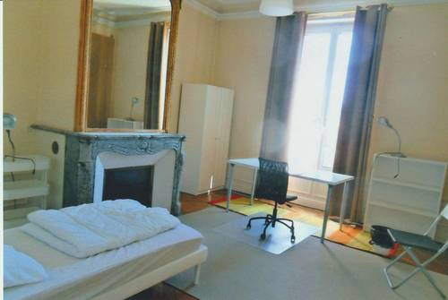 """Loue chambre """"Gallé"""" dans coloc pr 4étudiant(e) s, Nancy centre (54)"""