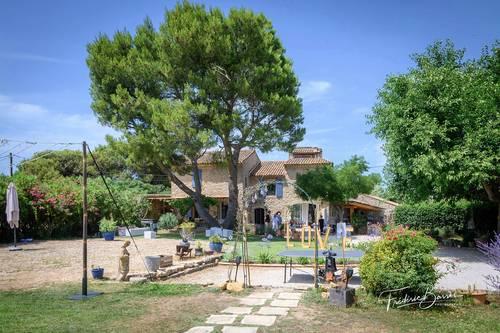 Propose chambres d'hôtes - 13/15couchages - Lançon-Provence (13)