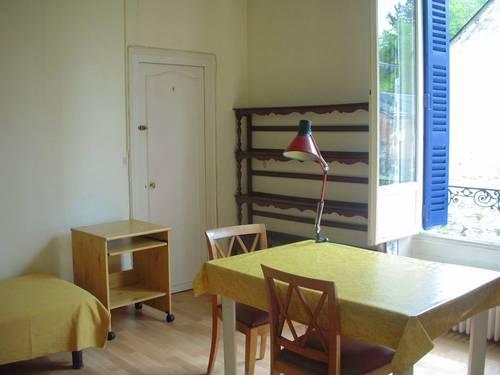 Loue chambre indépendante pour étudiant quartier gare Blois (41) - 1chambre, 12m²