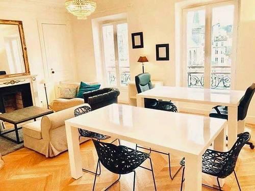 Loue chambre meublée, Colocation 104m², 2filles / 1garçon - Paris 3e