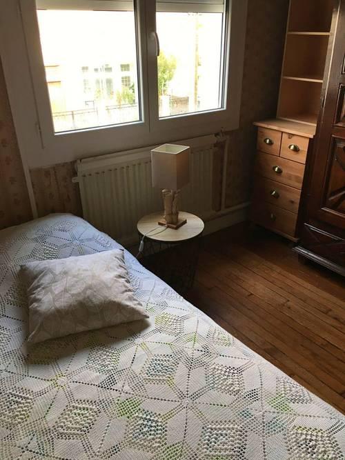 Loue Chambre meublée dans maison avec jardin - Toulouse (31)