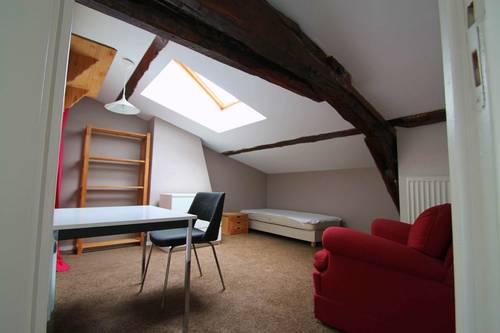 Loue chambre quartier Saint Vincent - Pasteur - 17m²