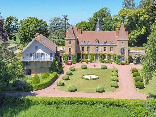 Gîte et chambres d'hôtes - Brionnais, Bourgogne 71- Chateau de Vaulx