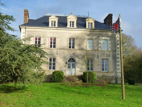 Propose Chambres d'Hôtes au Chateau de Craon