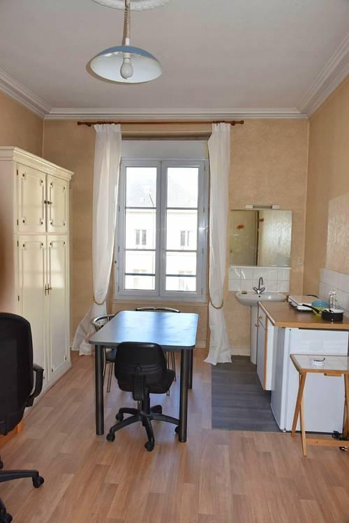Loue chambres meublées 16m² et 19m² - Angers Gare - UCO
