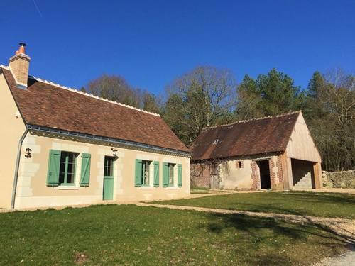 Loue charmante maison 18ème restaurée avec amour … Vallée du loir 4couchages