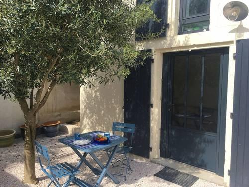 Loue charmante petite maison 2couchages, au calme - La Rochelle