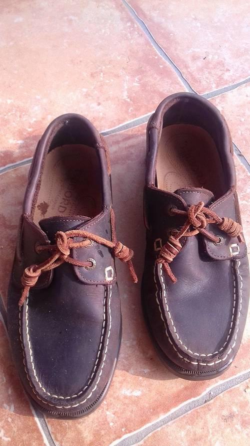 Chaussures bateau Decathlon, pointure 40