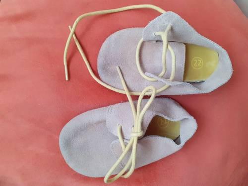 Chaussures/Chaussons cérémonie pointure 22