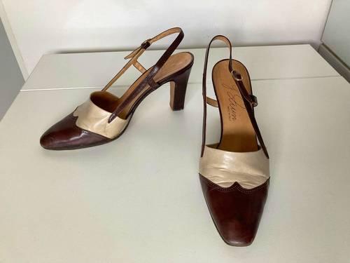 Chaussures femme sandales type Chanel découpées beiges marron cuir 39