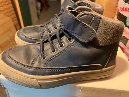Chaussures montantes cuir marine pointure 30