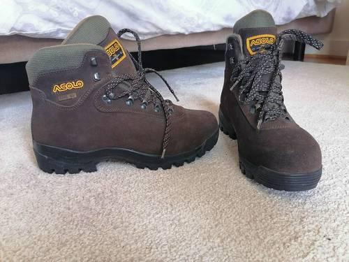 Chaussures de randonnée Asolo neuves pour homme, tailles 42-43-44