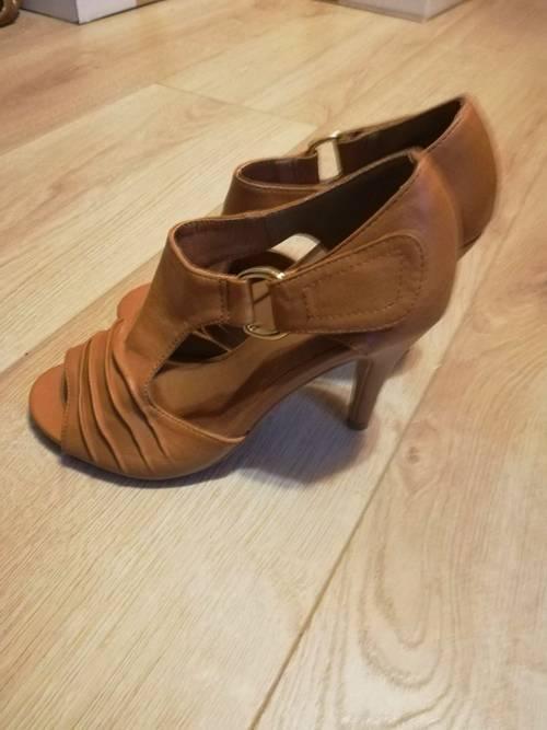 Chaussures sandales à talons 36