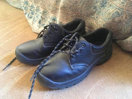 Vends chaussures sécurité T37parfait état