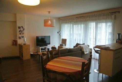 Propose chambre dans petite colocation centre Lille (59)