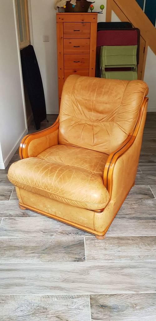 Confortable fauteuil grand père en cuir