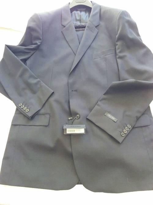 Costume neuf Calvin Klein noir taille 60/4748