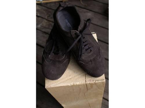 Vends Chaussures à lacets en daim marron - Pointure 37