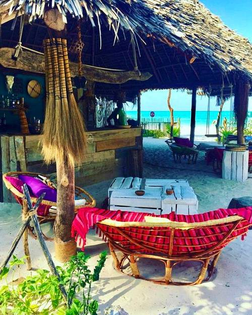 Propose échange chambre dans hôtel à Zanzibar contre un séjour chez vous