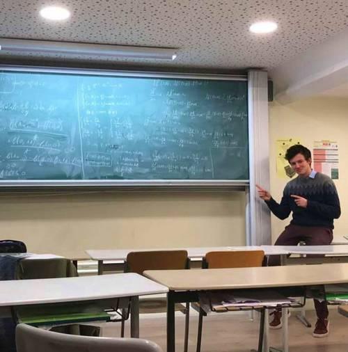 Propose cours de maths/physique au collège, lycée, prépa à Grenoble