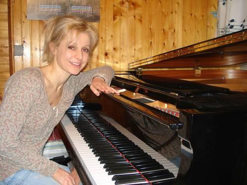 Donne cours de piano tous niveaux