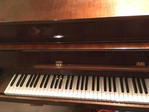 Donne piano