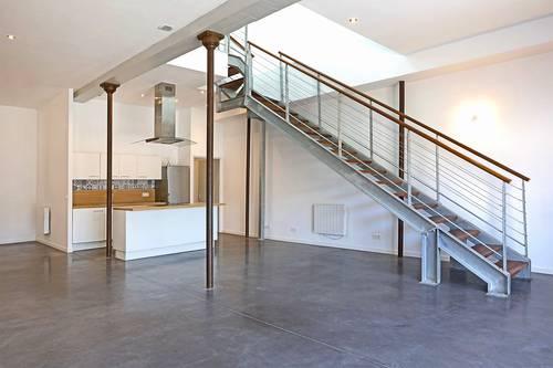 Vends loft en duplex avec terrasse - 3chambres - 124m² - Bordeaux (33)