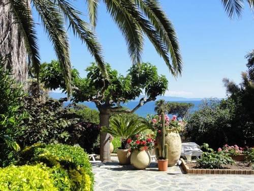 Loue Villa de charme vue mer Ajaccio à 150m des plages (8couchages)