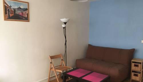 Loue Studio entièrement meublé/équipé à Levallois - 25m²