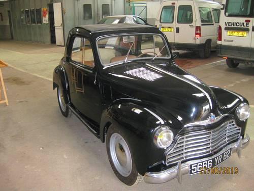 Echange de voitures anciennes
