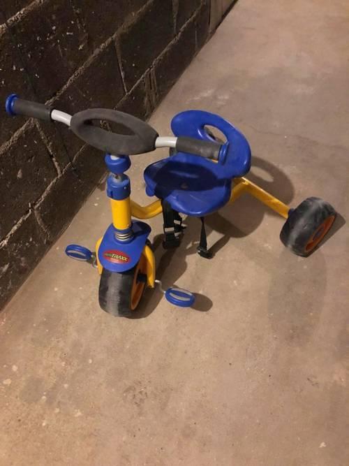 Vélo enfant en très bon état