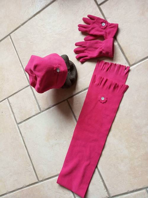 Ensemble écharpe bonnet gants polaire fuschia fille