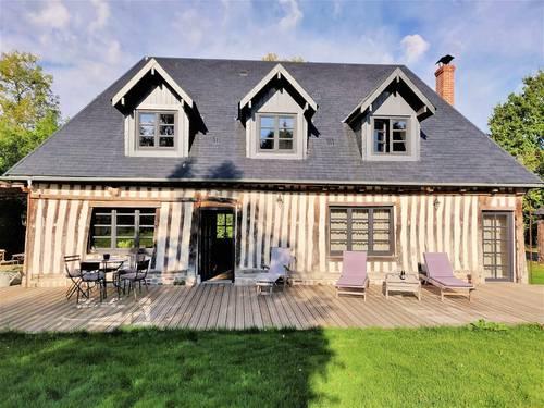 Loue un ensemble de maisons normandes rénovées avec goût - 4chambres